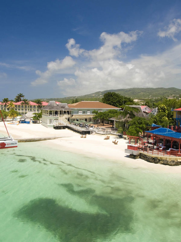 sandals honeymoons montego bay 600x800